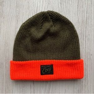 OBEY - green and organize beanie 🧡